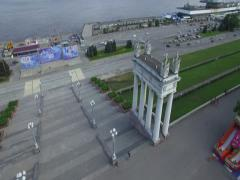4K Aerial shot of city. Columns, steps and river port. Stock Footage