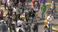 People crossing street in Hong Kong. Cinelike D flat picture profile Stock Footage
