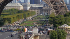 Tour Eiffel and crowded streets with traffic Stock Footage