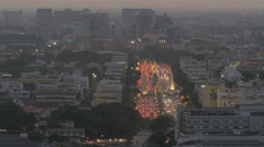 Evening traffic on Ratchadamnoen klang road,Bangkok,Thailand Stock Footage