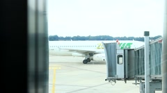 Germany - Hamburg Airport - Servicecar push the Airplane back Stock Footage