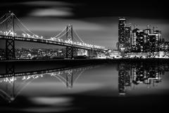 The San Francisco Bay at Night in Black and White. Kuvituskuvat