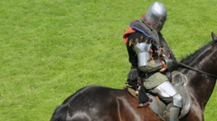 Editorial-Knight on horseback during the historic medieval festival Stock Footage