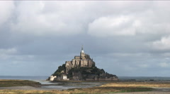 Wide view of mont st michel, normandy Stock Footage