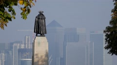 General Wolfe in Greenwich Park with Canary Wharf Stock Footage