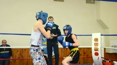 A boxing match between two teenagers Stock Footage