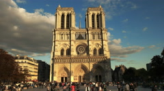 Front entrance to notre dame cathedral, paris Stock Footage