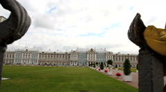 Gilded gate. Catherine Palace in Saint Petersburg. Stock Footage