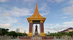TIMELAPSE Statue of King Father Norodom Sihanouk,Phnom Penh,Cambodia Stock Footage
