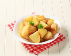 Bowl of potatoes boiled unpeeled - closeup Stock Photos