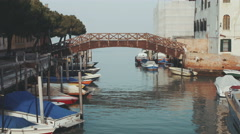 Bridge over Grand Canal in Venice, beautiful day in Italy Stock Footage