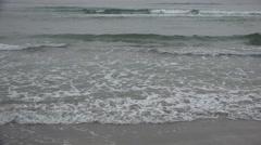 4K Sea Waves on Misty, Foggy Day, Beach Autumn View, Tourism, Haze on Seashore Arkistovideo