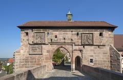 Castle gate with two coats of arms Castle Cadolzburg Cadolzburg Middle Stock Photos