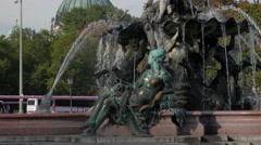 Tilt up Neptunbrunnen, the neptune fountain in Berlin Stock Footage
