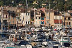 Boats moored in the harbour of the historic town of Cassis, Cote d'Azur, Stock Photos