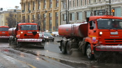 Snow removal in the city after a heavy snowfall. Arkistovideo