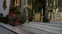 Panning to the magnificent altar in the church of Porto, Portugal Stock Footage