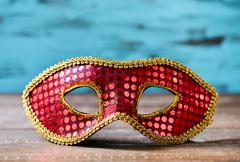 Red and golden carnival mask Kuvituskuvat
