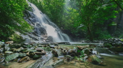 Time lapse of waterfall. Stock Footage