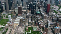 High flight over downtown Chicago. Shot in 2003. Stock Footage