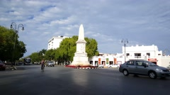 Traffic and roundabout at the Paseo de Montejo in Merida Stock Footage