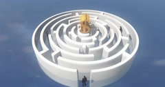 4k dollar symbol in center of maze,businessman stand in the labyrinth entrance. Stock Footage