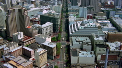 Flight up Market Street in downtown San Francisco. Shot in 2001. Stock Footage