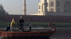 Ferryboatmen on River Yamuna at the Taj Mahal in Agra Stock Footage
