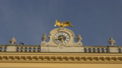 Clock and golden eagle at the Schönbrunn Palace, Vienna Stock Footage