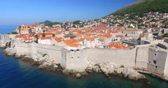 City walls and fort St. Ivan in Dubrovnik Stock Footage