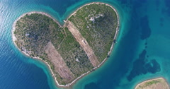 Aerial view of beautiful Island of Galesnjak, Croatia Stock Footage