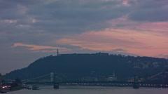 Gellért-hegy, Széchenyi lánchíd, Budapest, purple sky Stock Footage