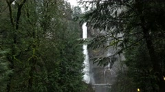 Trail 441 Oregon - Multhomah Falls Stock Footage