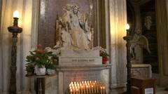 statue of the madonna and child in the basilica santa maria maggiore, rome - stock footage
