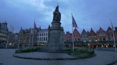 View of statue of Jan Breydel and Pieter de Coninck in Markt, Bruges Stock Footage