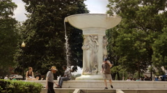 Fountain a Dupont Circle in Washington DC Stock Footage