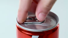 Open a can of fizzy drink Stock Footage