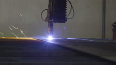 The plasma cutter cutting a piece of metal Stock Footage