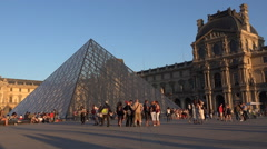 4K Tourists Louvre Museum Paris France Timelapse Sunset Pyramid Traveling View Stock Footage