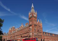 Victorian Gothic St. Pancras Railway Station, London, Stock Photos