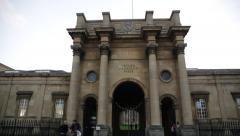 Oxford University Press Building, tilt, Oxford, England, Europe Arkistovideo