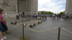 Tourists taking pictures of the Tomb of the Unknown Soldier in Paris Stock Footage