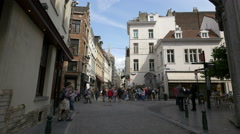 Tourists gathered near the Manneken Pis fountain in Brussels Stock Footage