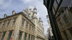 Stadhuis van Brussel seen from Rue de l'Etuve in Brussels Stock Footage