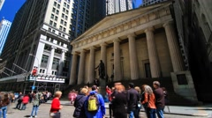 George Washington in front of Federal Hall National Memorial in New York Stock Footage