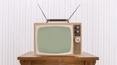Old Television with Zoom into Static and Chroma Green Screen Stock Footage