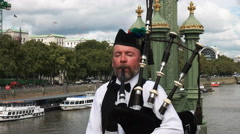 Bagpipes player in london Stock Footage