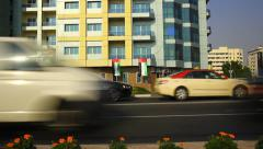 Close side view, cars stop in front of intersection, time lapse. Stock Footage