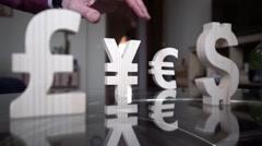 Yen fell. Man's hand has thrown off the YEN - stock footage