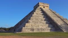 Chichen itza mayan ruins Stock Footage